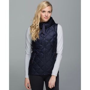 Lululemon Fluffiest Vest Reversible Navy Plaid 2